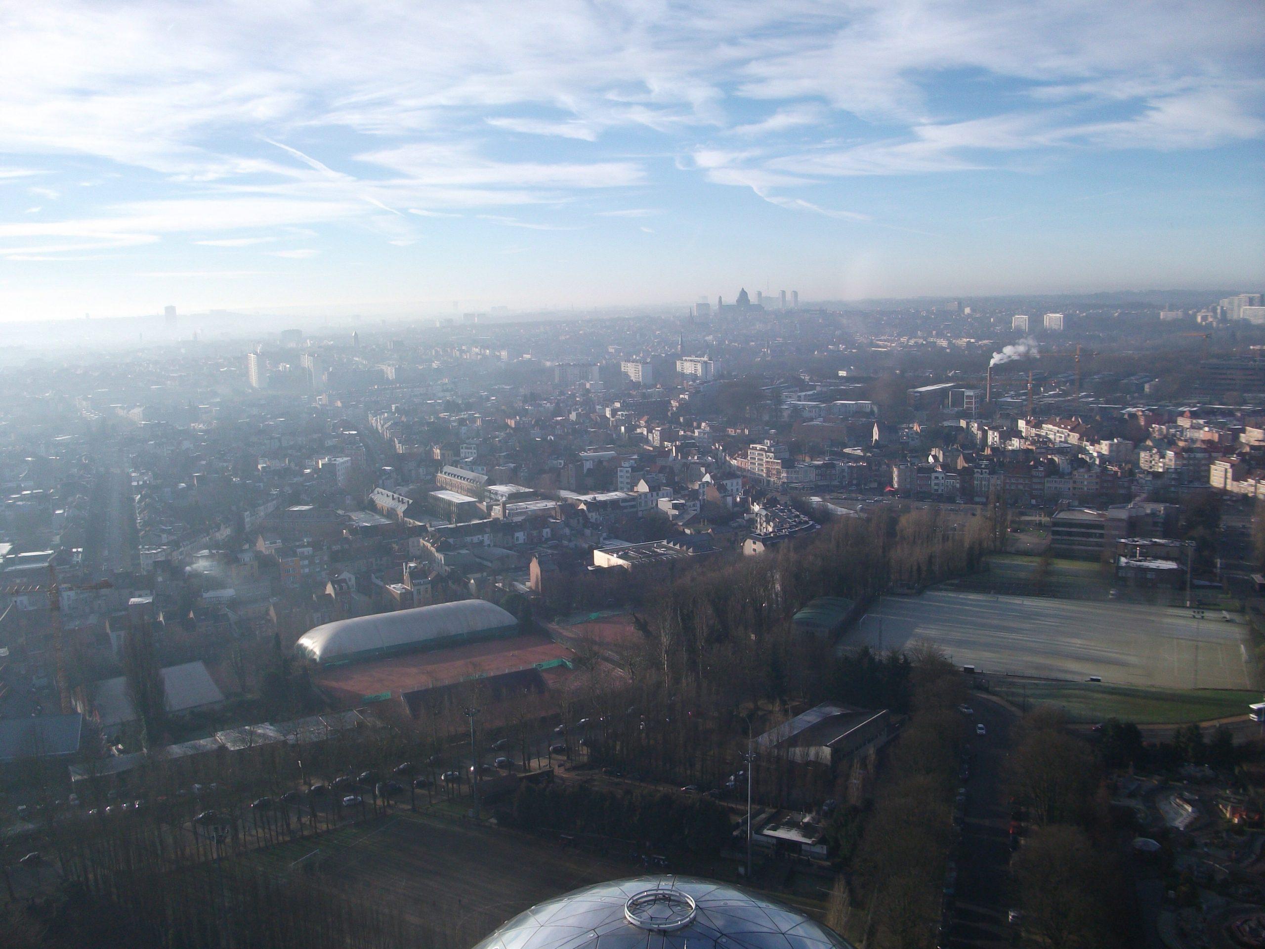 Vue sur Bruxelles depuis l'Atomium....