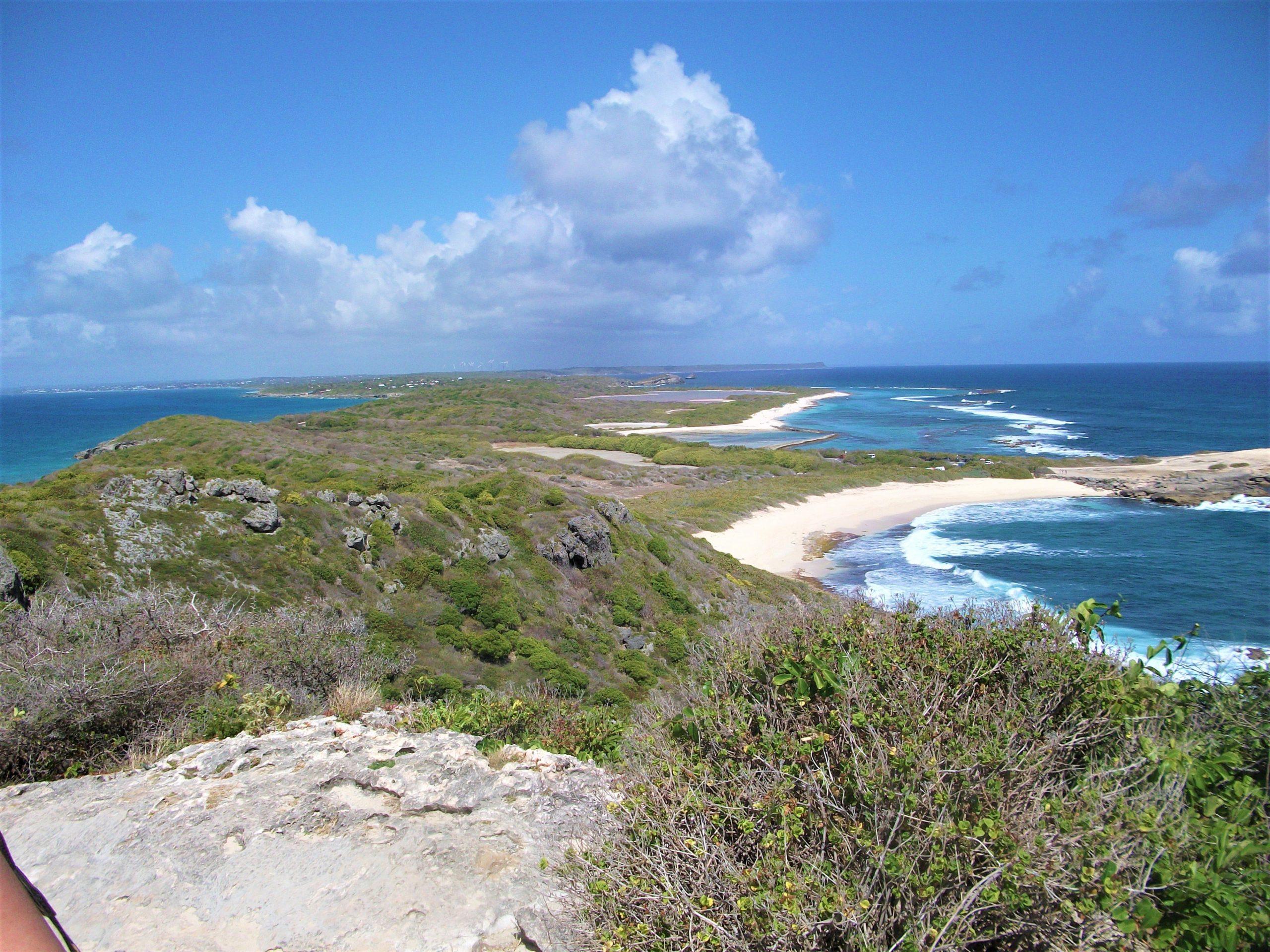 panorama depuis la pointe des chateaux en Guadeloupe