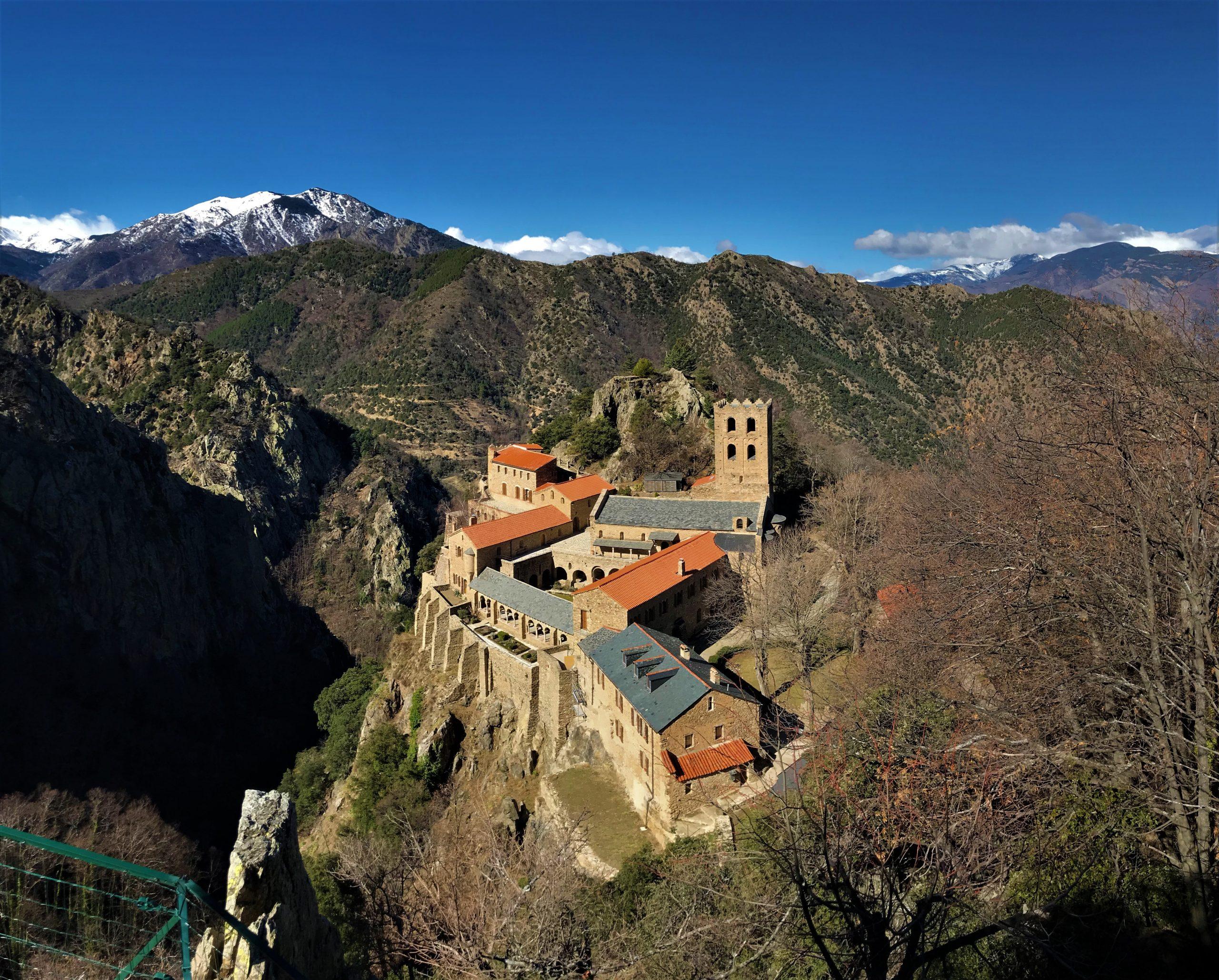 l'abbaye saint martin du canigo