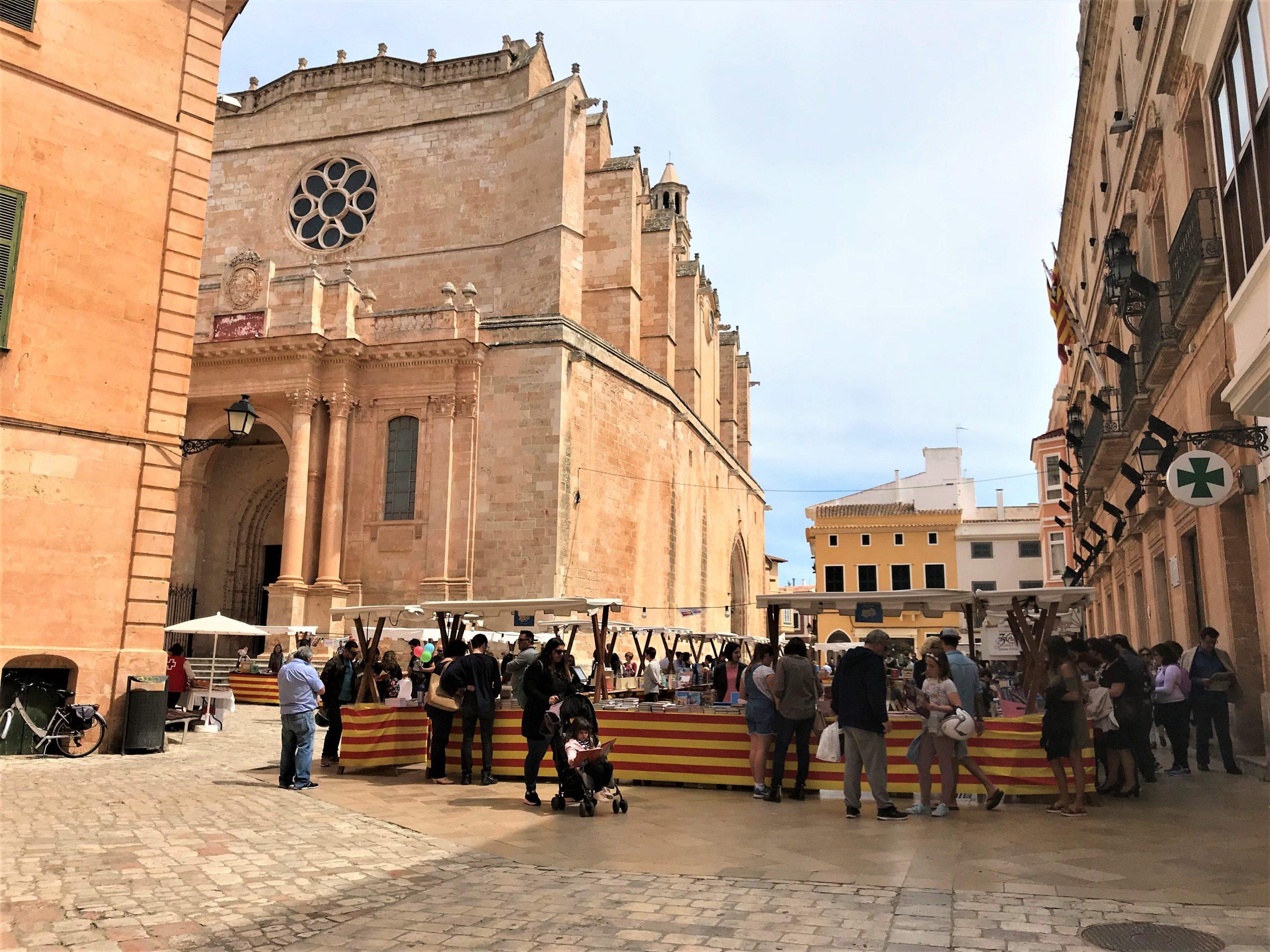 Marché de livres à Ciutadella