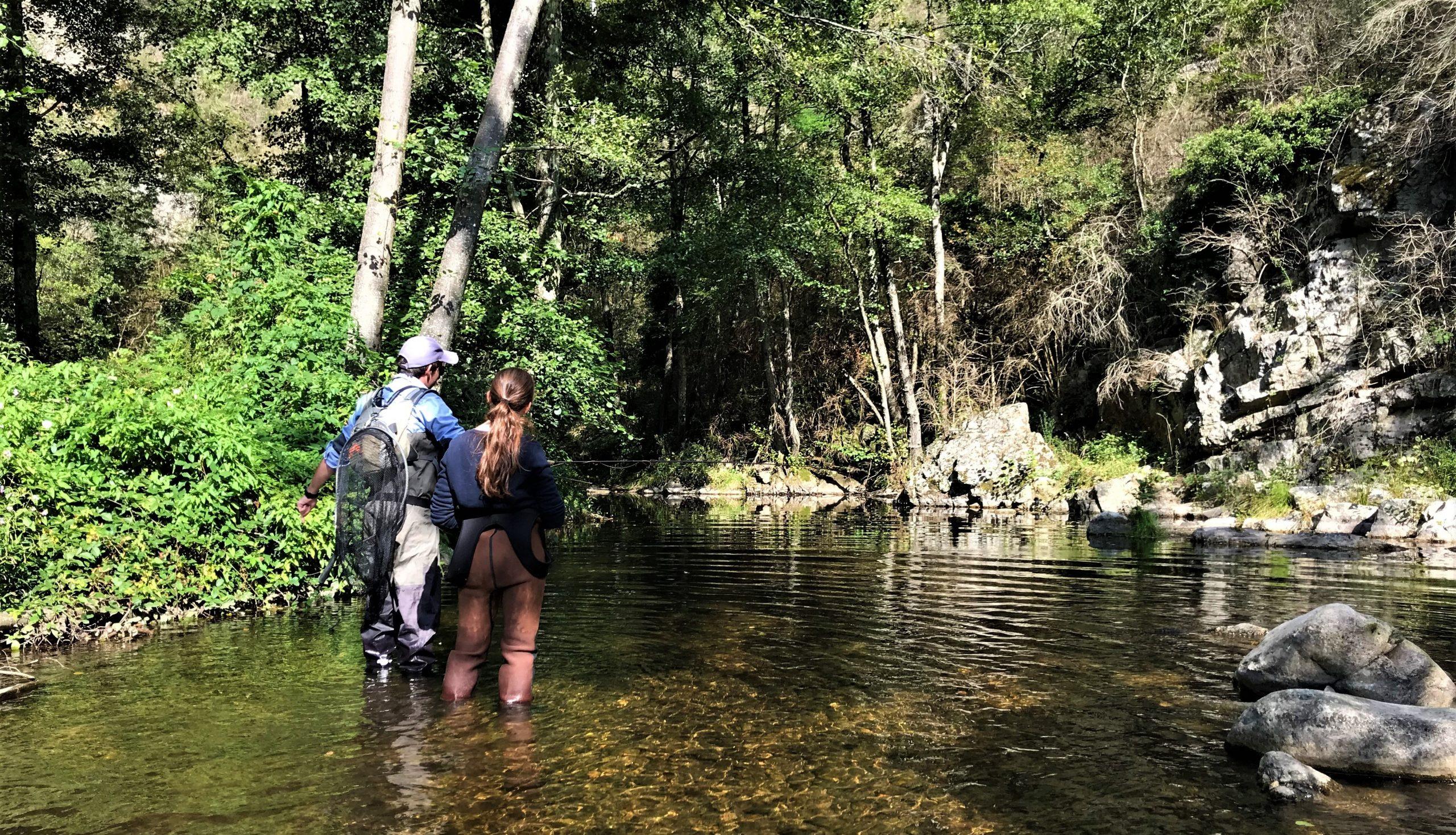 pêche à la mouche activité insolite ardèche