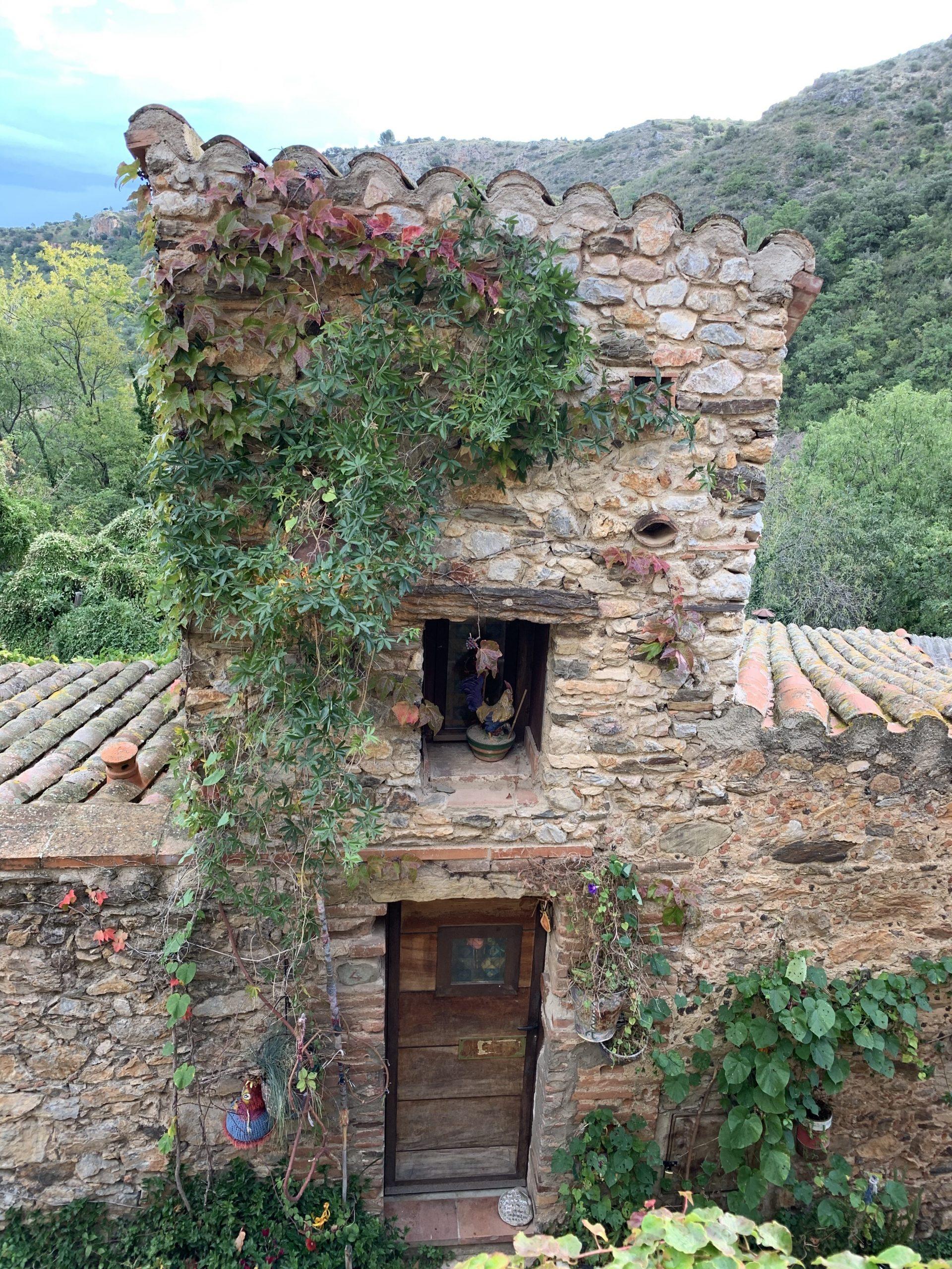 castelnou maison en pierre