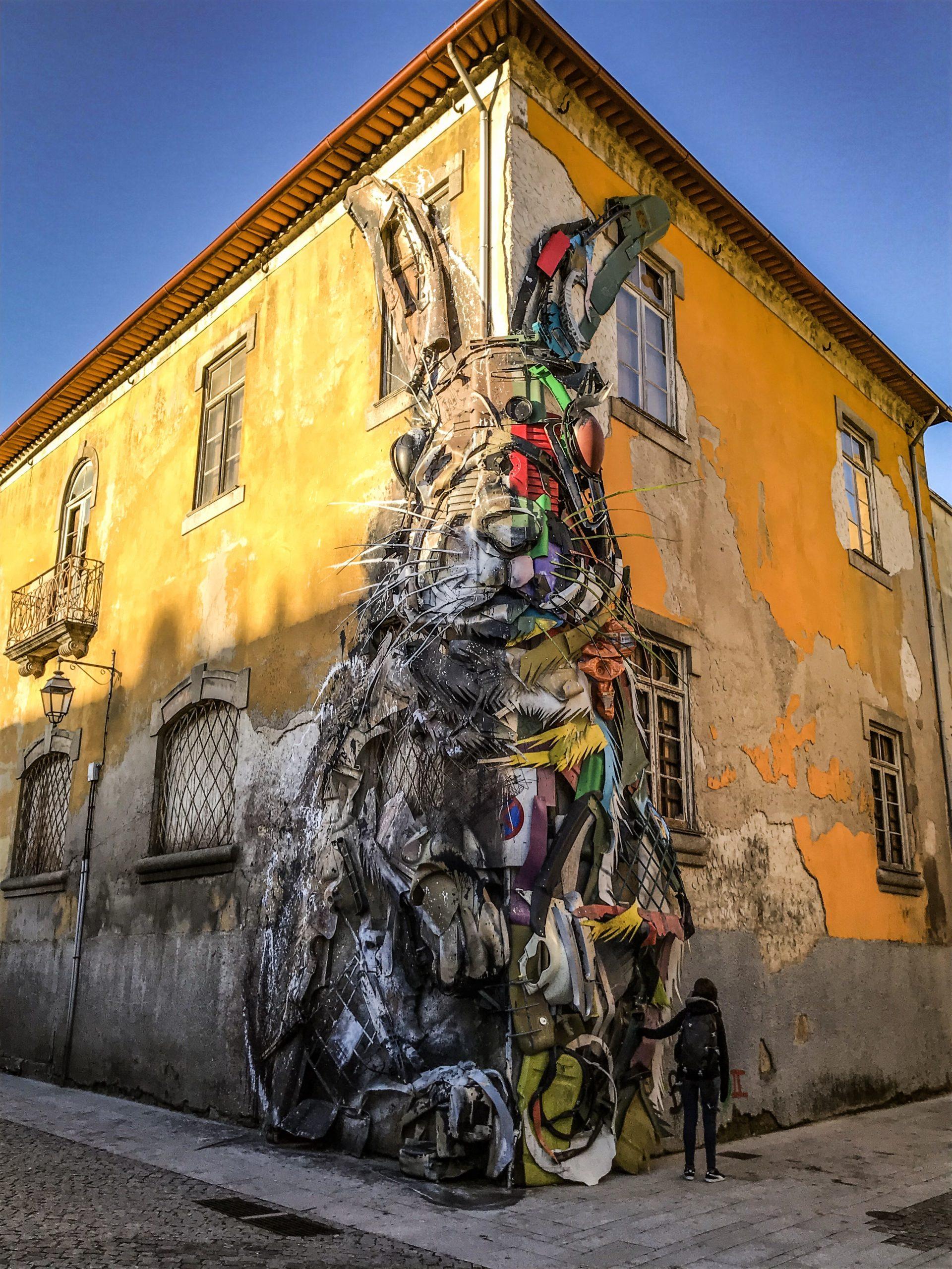 lapin street art porto