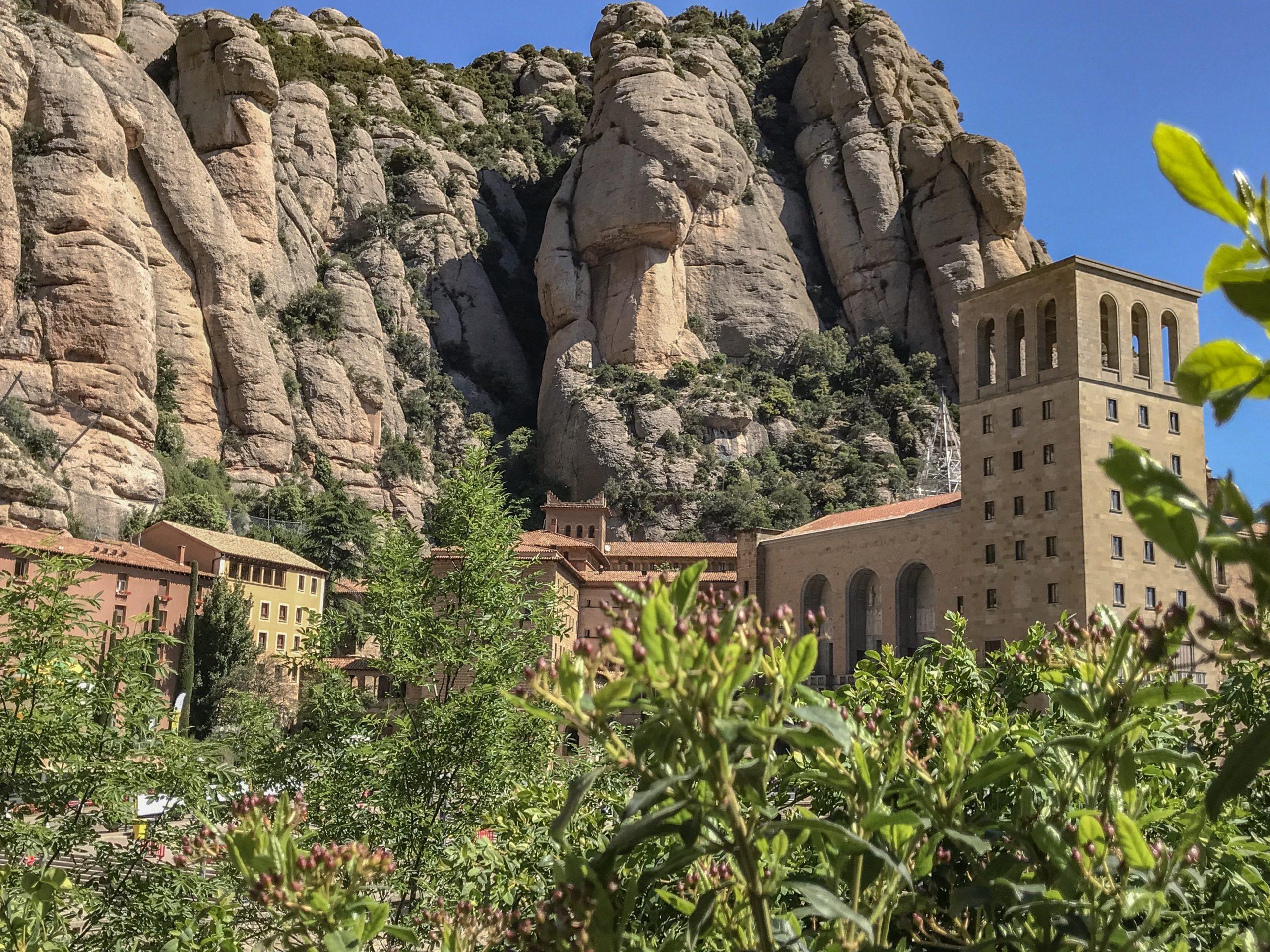monastere de montserrat barcelone insolite