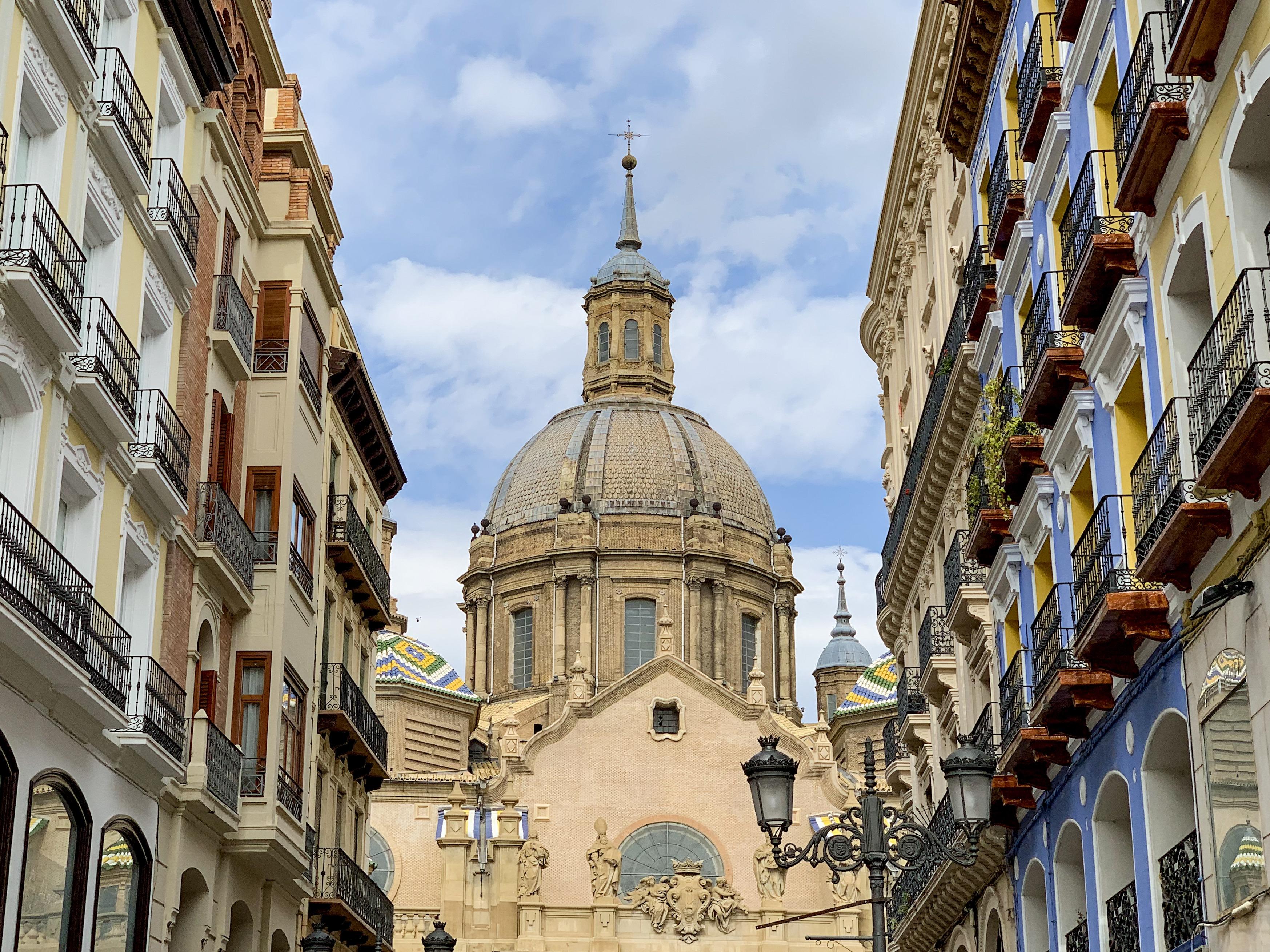 Vue sur la basilique Pilar