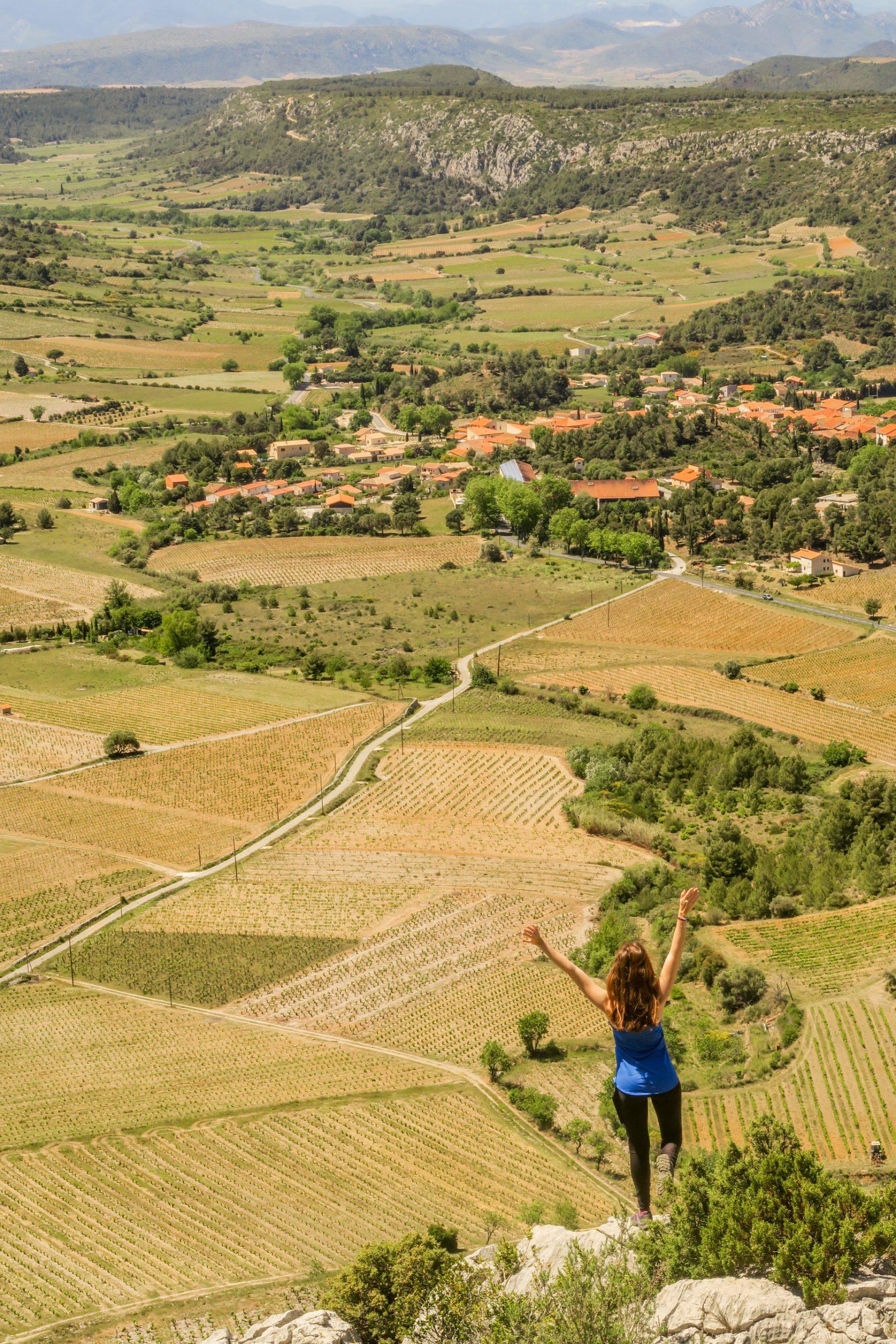 point de vue depuis la falaise de vingrau pyrénées orientales