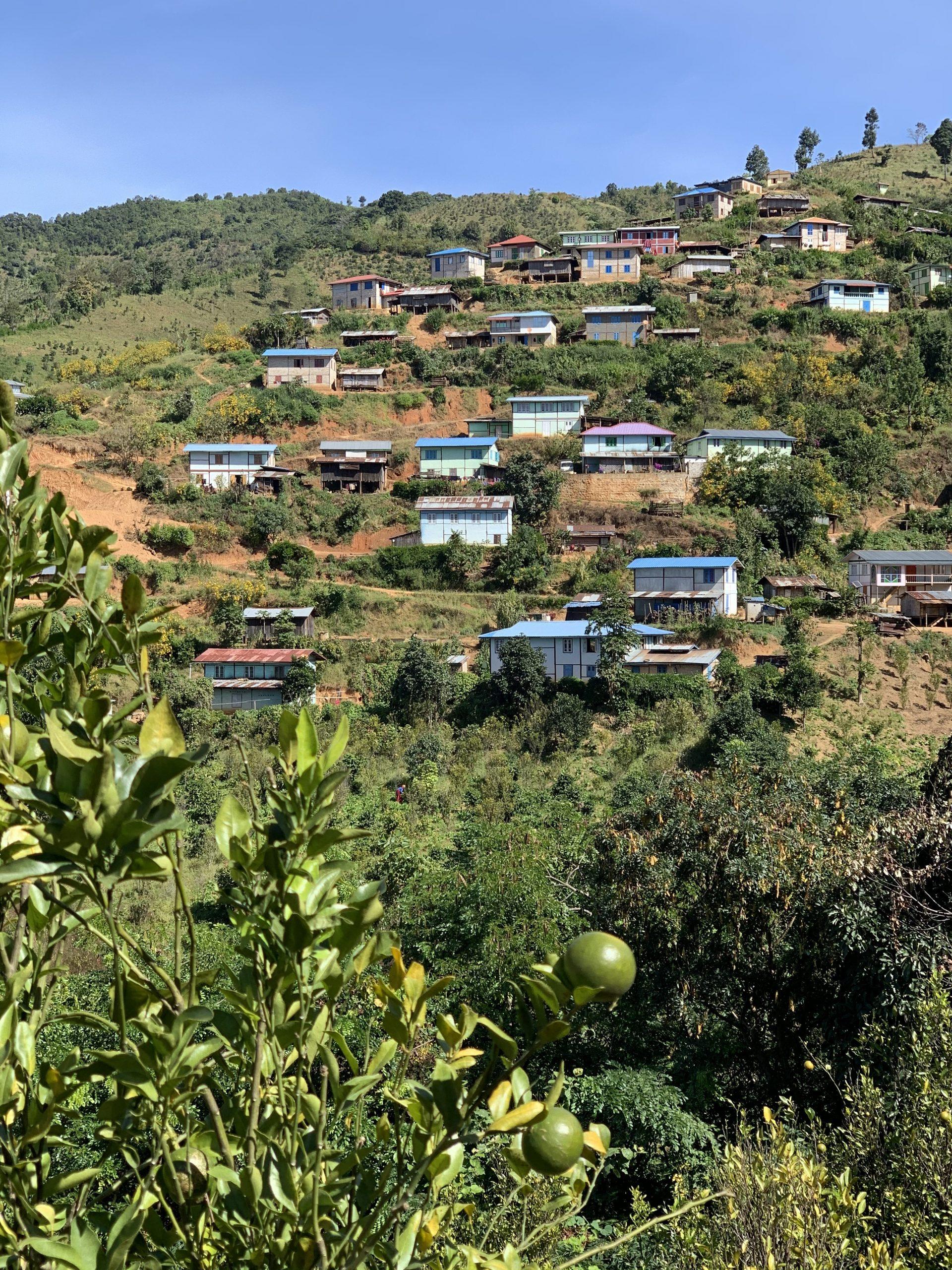 village pendant le trekking