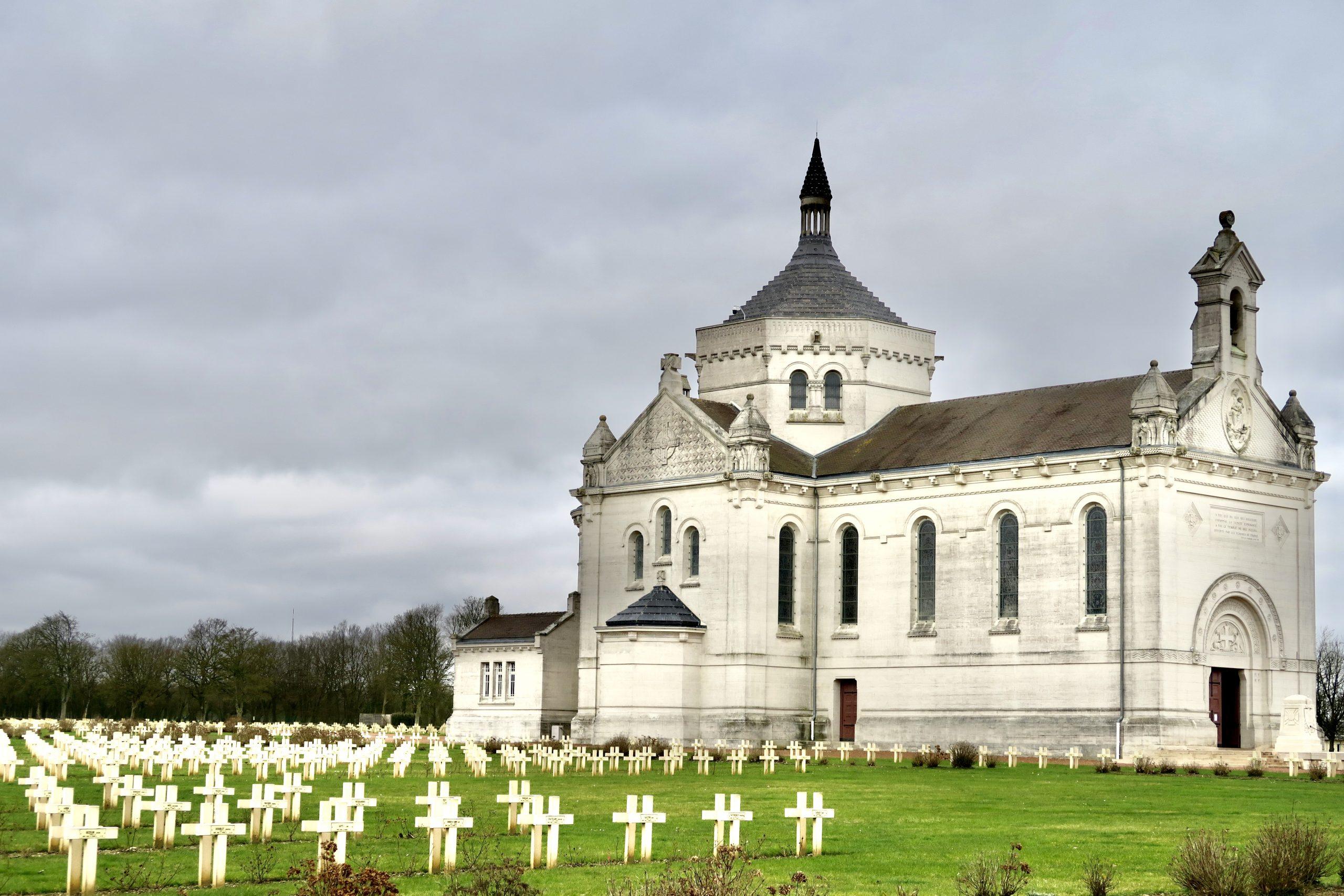 Notre-Dame-de-Lorette blog kikimagtravel