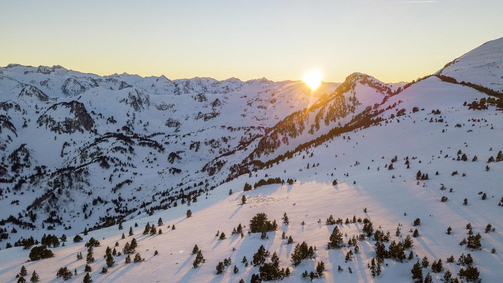 Station Mijanes coucher de soleil vue par drone