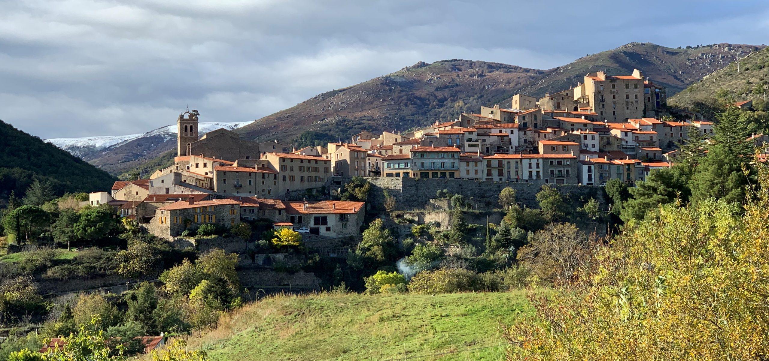 village de mosset pyrénées orientales
