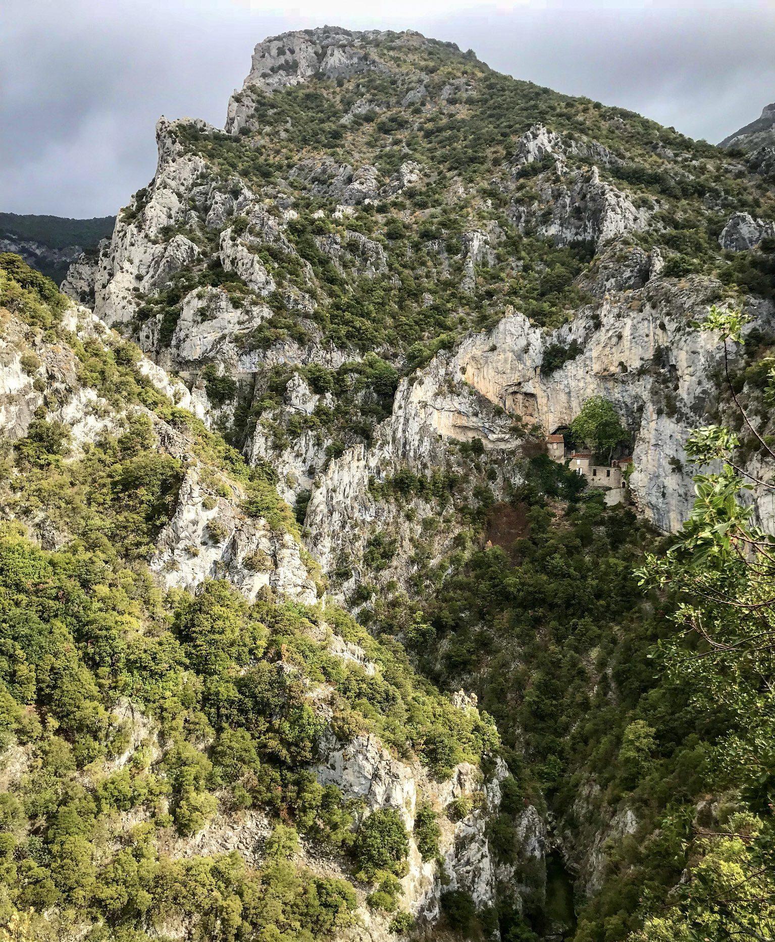 gorges de galamus saint paul de fenouillet pyrénées-orientales