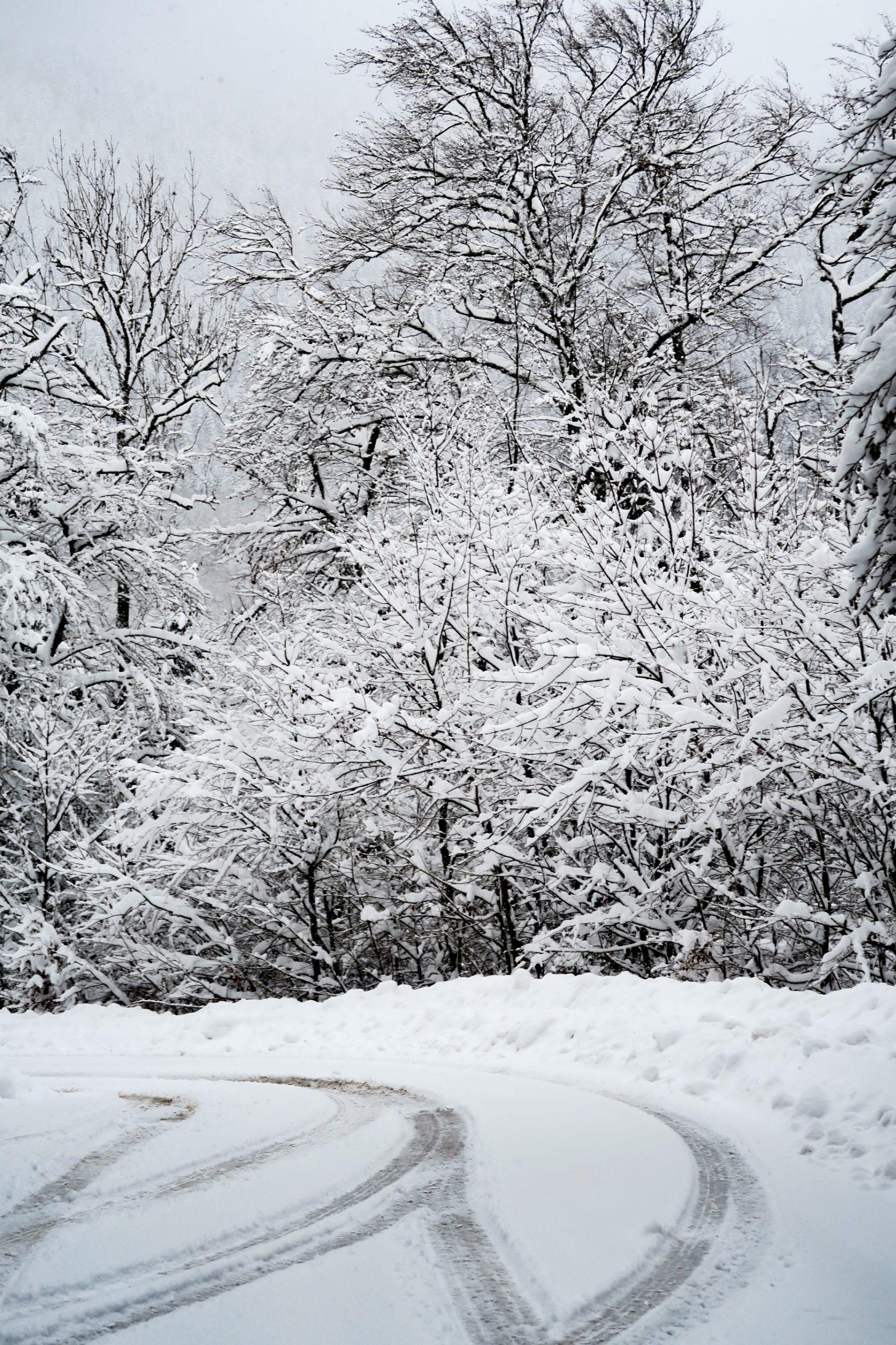 route du fort de tamié en hiver
