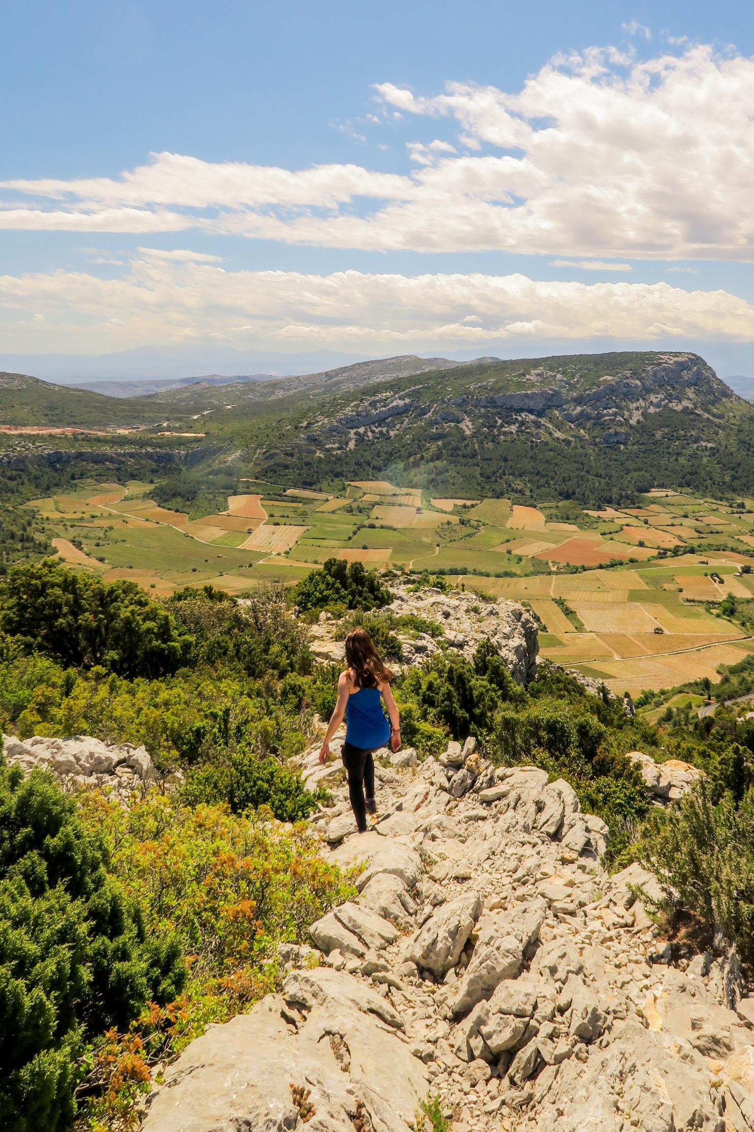 randonnée sur les falaises de vingrau pyrénées orientales