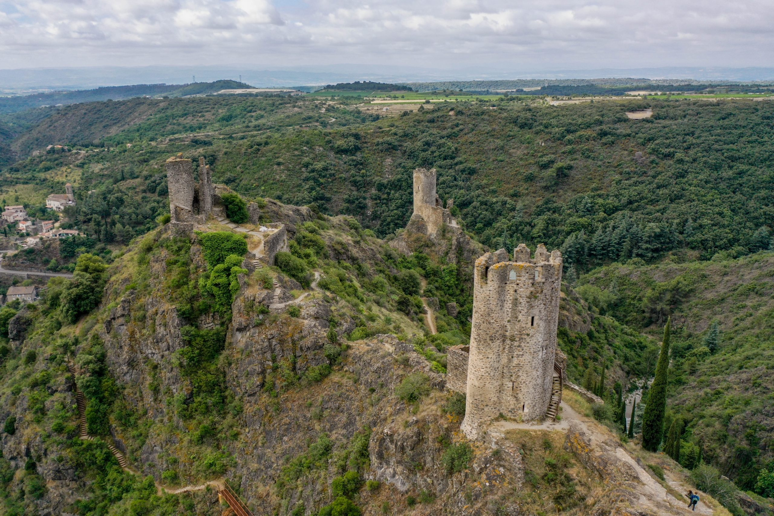 pays cathare chateaux lastours