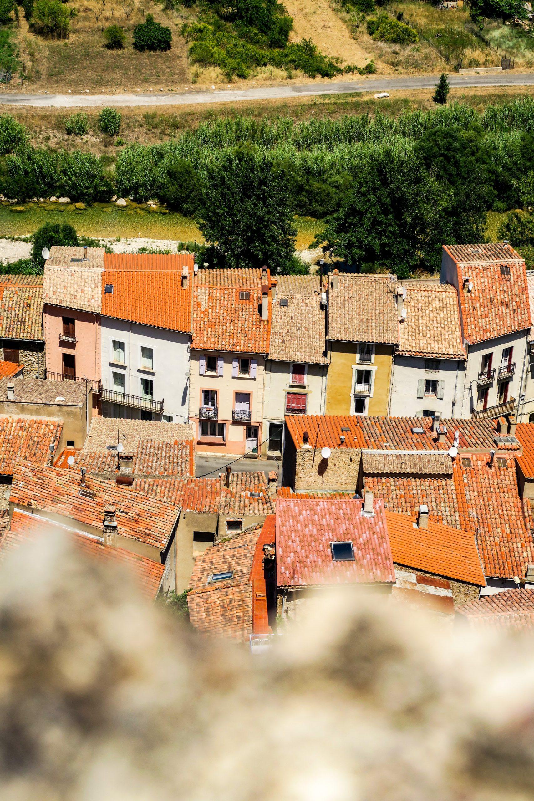 village de padern pays cathare